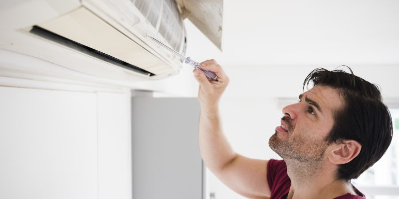 How much does it cost to hire an annual air conditioner maintenance service